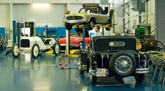 Mercedes benz classic center for Mercedes benz restoration center