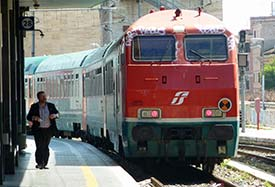 how to get from fiumicino airport to termini train station
