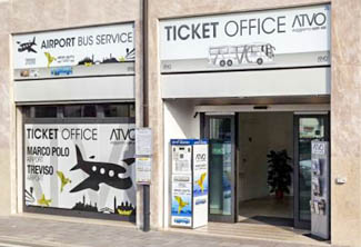 how to get to venice treviso airport from venice