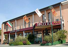 Hotels Near Marco Polo Airport Shuttle
